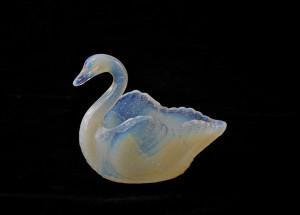 opalescent swan
