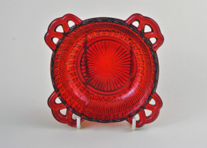 red dish